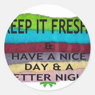 keep it freesh classic round sticker