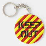KEEP OUT BASIC ROUND BUTTON KEYCHAIN