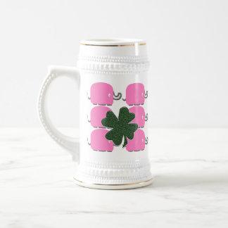 Keep que bebe elefantes rosados jarra de cerveza