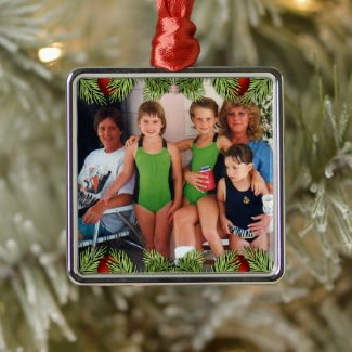 Keepsake Family Photo Christmas Metal Ornament
