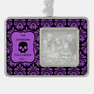Keepsake Halloween damask | black and purple Ornament