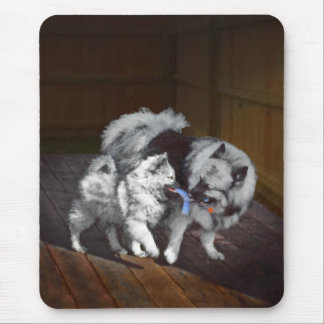 Keeshond Playtime Mouse Pad