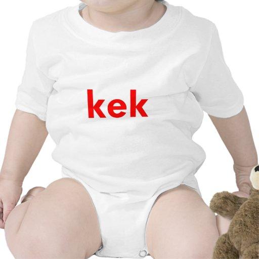 kek trajes de bebé