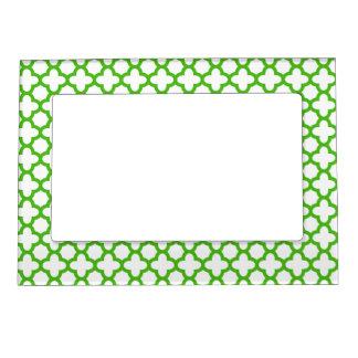 Kelly Green Quatrefoil Pattern Frame Magnet