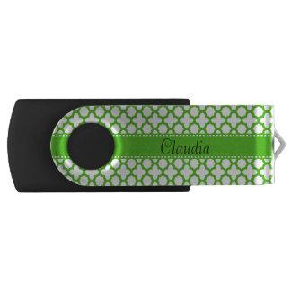 Kelly Green Quatrefoil Pattern USB Flash Drive