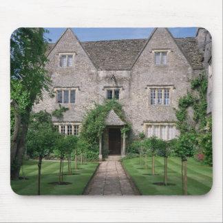 Kelmscott Manor (photo) Mouse Pad