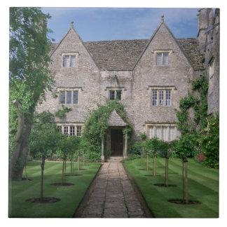 Kelmscott Manor (photo) Tile