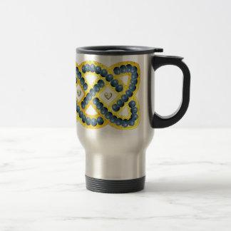 Keltic Knot With Blueberries Travel Mug