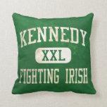 Kennedy que lucha el atletismo irlandés almohadas