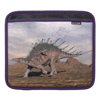 Kentrosaurus dinosaur in the desert - 3D render iPad Sleeve