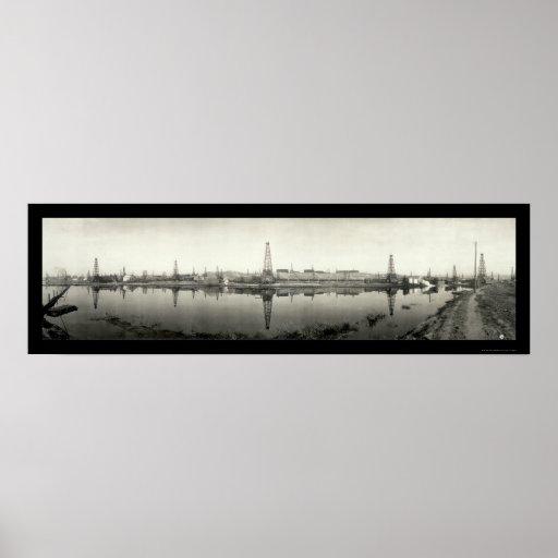 Kern River, CA Oil Photo 1910 Poster