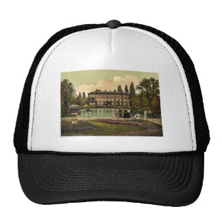 Kew Gardens, the museum, London and suburbs, Engla Hat
