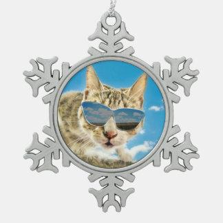Kewl Kat que lleva Sunglassses Adorno De Peltre En Forma De Copo De Nieve