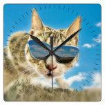 Kewl Kat que lleva Sunglassses Reloj De Pared