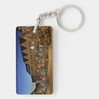 Key supporter city victories market place keychain