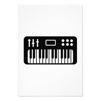 Keyboard piano invite