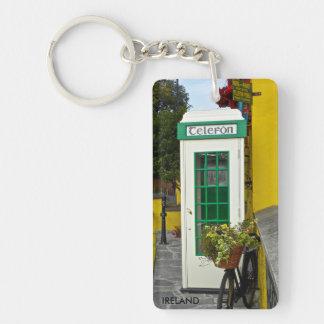 keychain, IRELAND -vintage phone booth Keychain