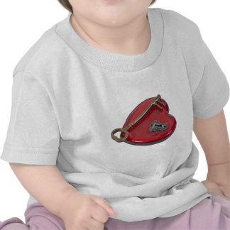 KeyHoleKeyRedHeart071611 Camiseta