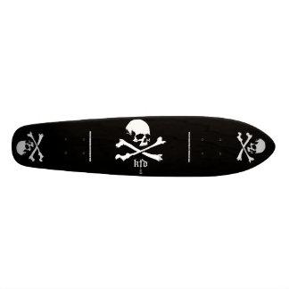 kfd skulls&bones - skateboard larva in the USA