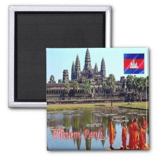 KH - Cambodia - Siem Reap - View of Angkor Wat Magnet