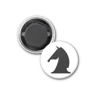 khight negro (usted necesidad 2) imán redondo 3 cm