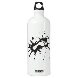 kick - foot print in messy blot aluminum water bottle