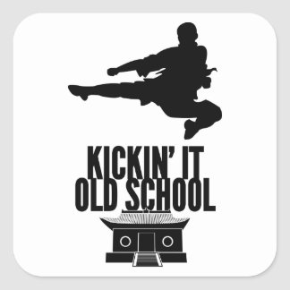 Kickin él escuela vieja pegatina cuadrada