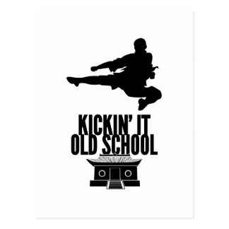Kickin él escuela vieja postal