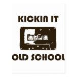 Kickin él escuela vieja tarjetas postales