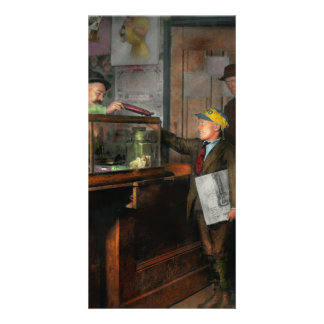 Kid - A visit to the candy store 1910 Card