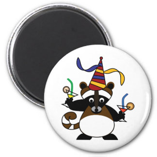 Kids birthday party: Raccoon Magnet