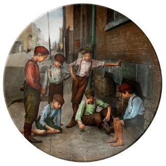 Kids - Cincinnati OH - A shady game 1908 Plate