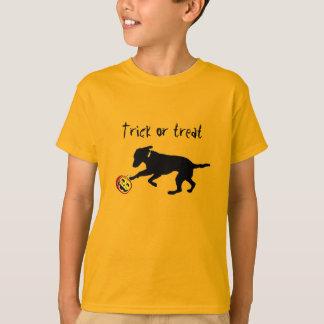 Kid's Halloween t-shirt trick or treat black lab