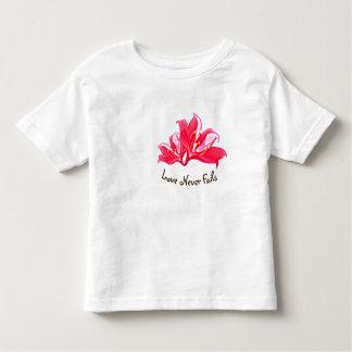 Kids T-shirt Love Never Fails