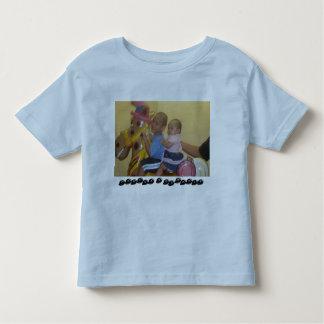 KID'S T-SHIRT (TREVOR & ESMARIE)