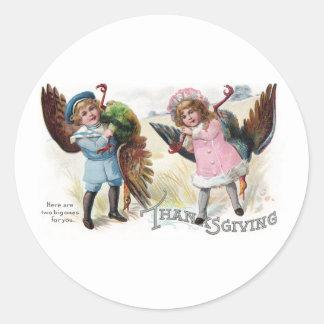 Kids Toting Thanksgiving Turkeys Classic Round Sticker