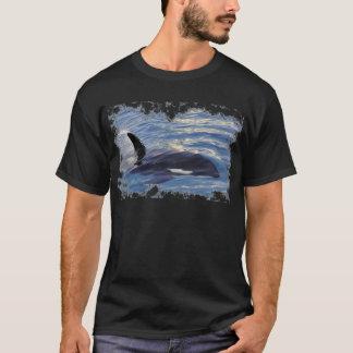 Killer whale swimming fast T-Shirt
