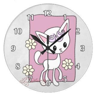 """""""Kimmie"""" The Cute Kitty Clock"""