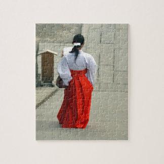 kimono woman jigsaw puzzle