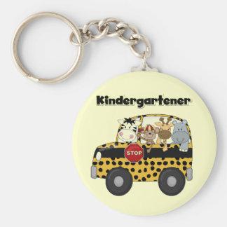 Kindergartener de los animales del parque zoológic llavero