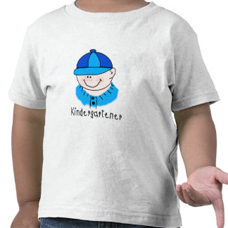 Kindergartener del muchacho camiseta