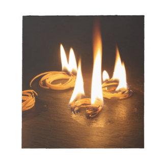 Kindlings ardiendo libretas para notas