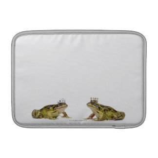 King and Queen frog looking at each other Sleeve For MacBook Air