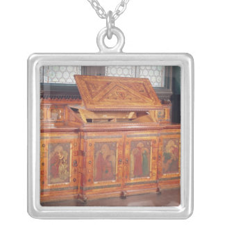 King Rene's Honeymoon cabinet Silver Plated Necklace