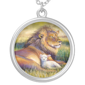 Kingdom of Heaven Round Pendant Necklace