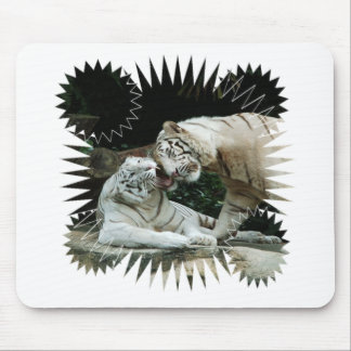 Kiss love and joy White Bengal Tigers Mouse Pad