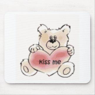 kiss me bear mouse mats