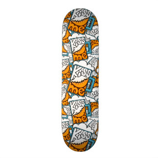 kiss me - beer icon skateboard