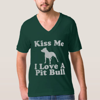 Kiss Me I Love A Pit Bull - AA V-Neck Tee for Men