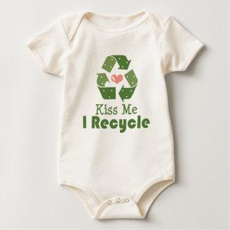 Kiss Me I Recycle Organic Infant Creeper